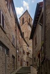 Alte Häuser in der Altstadt von Anghiari in der Toskana, Italien