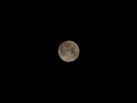 満月(スタージャンムーン)