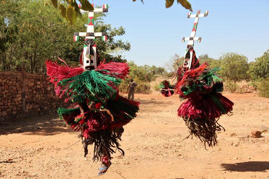 Maskentanz der Dogon, Mali