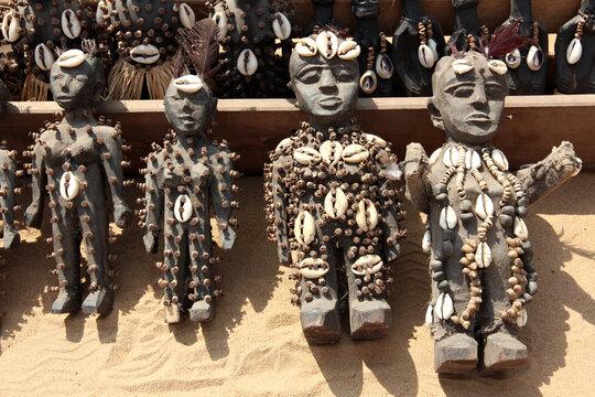 Auf dem Voodoo Market in Lome