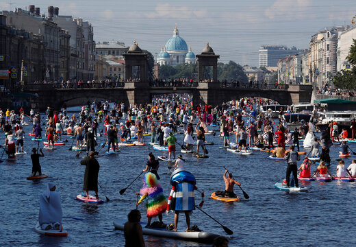 Fontanka-SUP stand up paddle boarding festival in Saint Petersburg