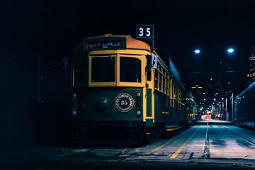 Foto op Aluminium Londen rode bus Melbourne Classic Tram at night