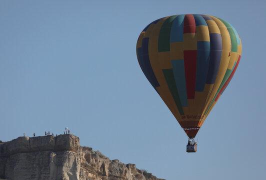 An aeronaut team takes part in a hot air balloon competition in Crimea
