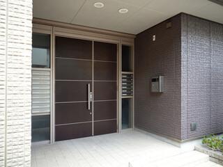 Fototapete - アパートのエントランス