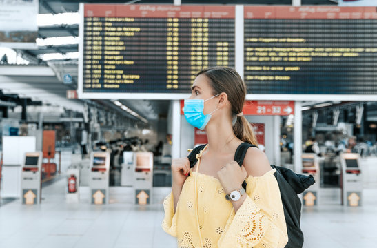 airport travel with mask protection