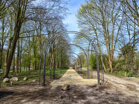 Weg an der Saarlandstraße Querformat
