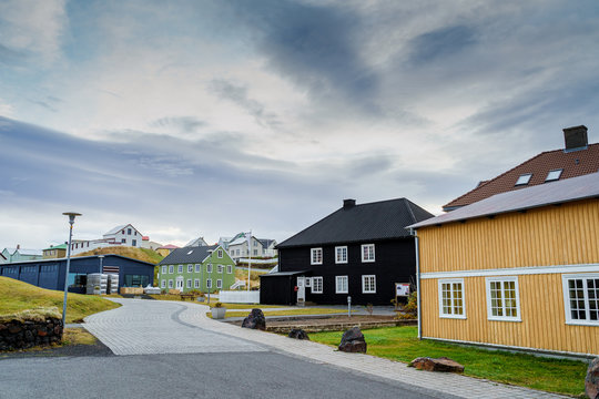Icelandic Architecture - Unique Houses with metal facades beside the harbor in Stykkishólmur