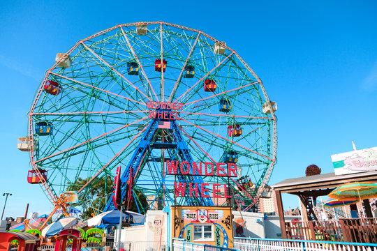 New York, NY, U.S.A. - Wonder Wheel: Luna Park in Coney Island