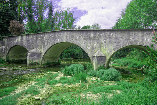 Pont Romain, Loches sur Ource (Aube)