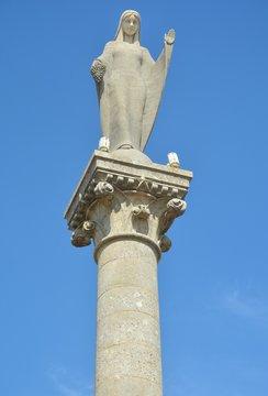 Notre Dame des Vignes, Statue de Neuville sur Seine (Aube)