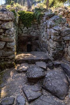 Well at Complesso Nuragico e Nuraghe di Noddule, Sardinia, Italy 2