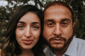 Close Up of Couple's Face Papier Peint