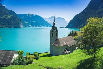 Photo sur Plexiglas Piscine Church in Bauen, on the bank of the Luzern lake, Switzerland.