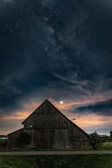Scheune bei Nacht
