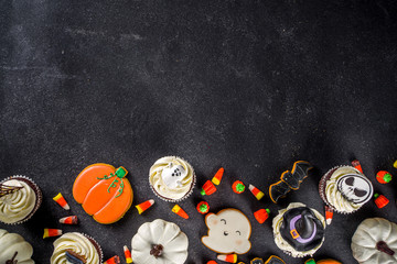 Wall Murals Lilac Halloween cupcakes and cookies