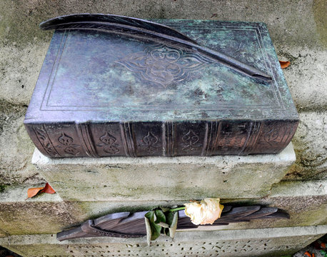 Paris, Friedhof Père Lachaise, Grab von Nonoré Balzac.