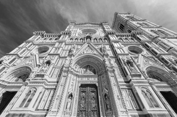 Fototapete - Facade of Church Cathedral Santa Maria del Fiore in Florence, Italy