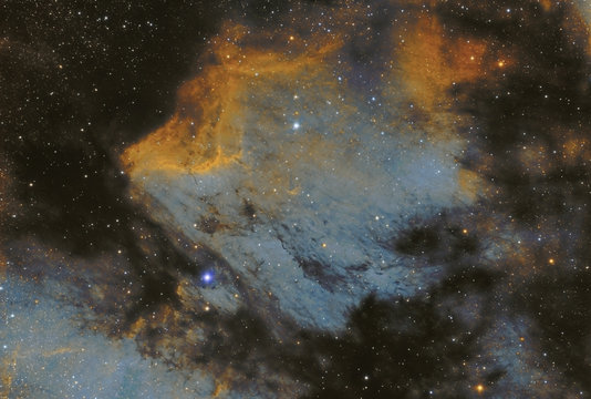 The Pelican nebula also known as IC 5070 in the Cygnus constellation. The two bright stars are called 57 and 58 Cygni. Colors are mapped as Hubble palette. Taken with my telescope.