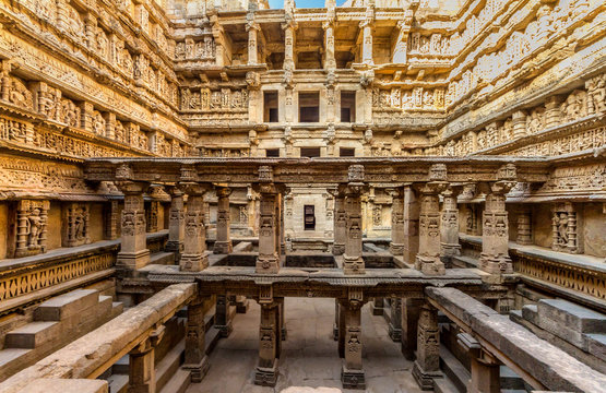 UNESCO world heritage Queen's step well or rani ki vav is situated in the town of Patan, district patan in Gujarat state of India. It is located on the banks of Saraswati River in patan.