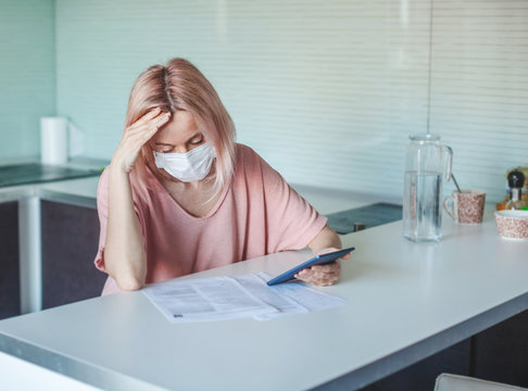 Woman has financial problems during coronavirus