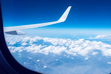 Wall Mural - 飛行機の窓からの風景
