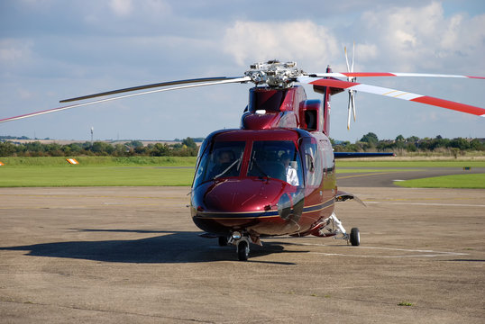 The Sikorsky S-76C helicopter used by the Royal Family
