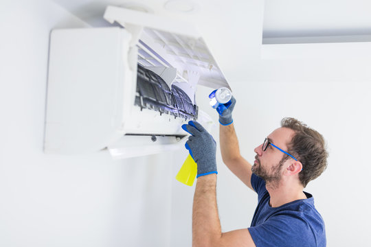 Aircondition service and maintenance, fixing AC unit and cleaning / disinfecting the filters from dangerous pathogens.