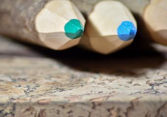 Fototapeta Długie, grube, kolorowe drewniane kredki. obraz