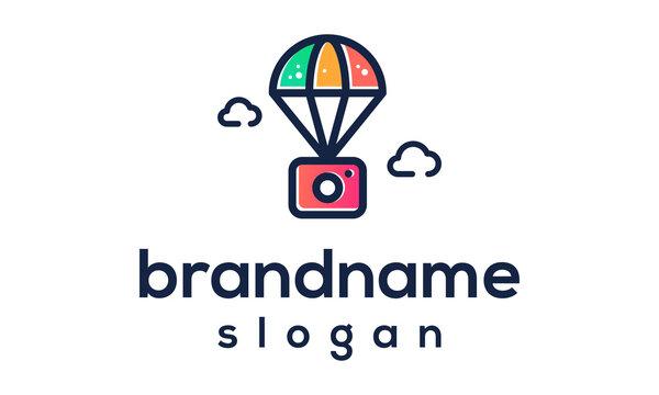parachute camera logo design vector