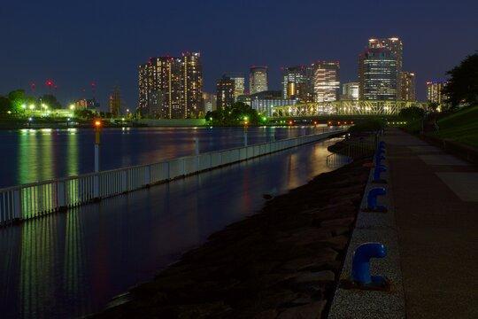 石川島公園夜景 相生橋ライトアップ 豊洲方面
