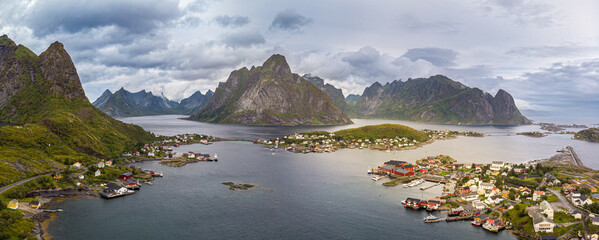 Reine and the Lofoten Pen insult - Norway