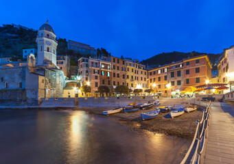 Fototapete - Resort Village Vernazza, Cinque Terre, Italy
