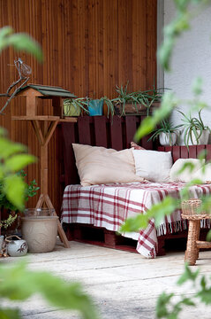 relax_bench_cushion_palette_terrace_home_upright_by jziprian