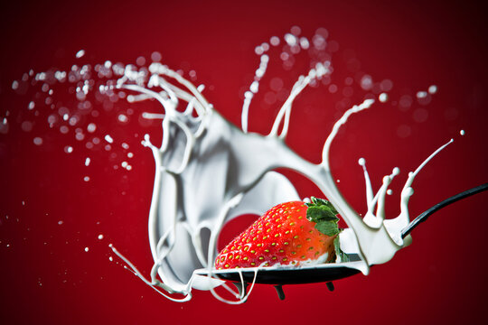 Strawberry Splash in Milk