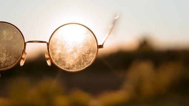 gafas cristal contraluz optica