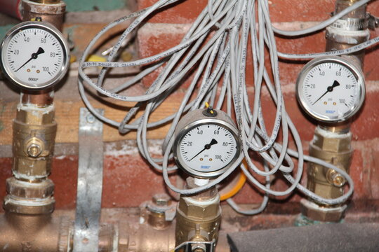 wires gauges wall