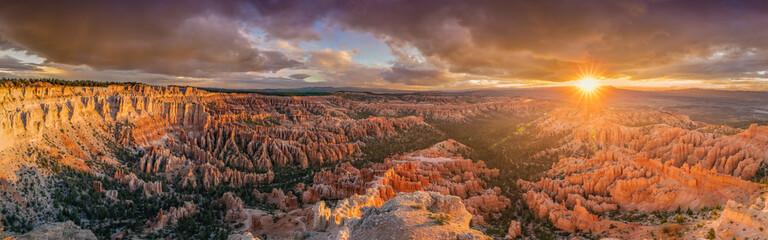 Bryce Canyon sunrise panoramic view