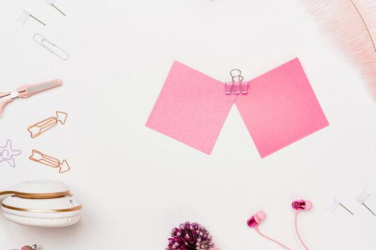 Note paper sheet sticker on teenage girl workspace