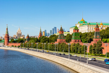 Fototapeta Moscow cityscape with Kremlin towers and Grand palace, Russia
