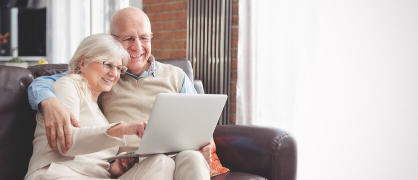 Retirees using social media, browsing internet