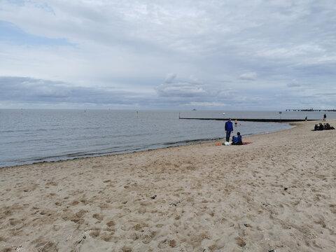Fast allein am Strand der Nordsee zu Corona-Zeiten