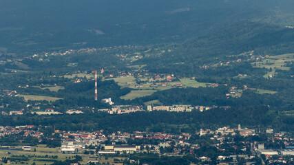 Miasto w środku gór