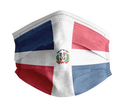 mascarilla para covid con el fondo blanco y la bandera de República Dominicana