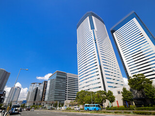 Fototapete - 東京都 豊洲駅前交差点