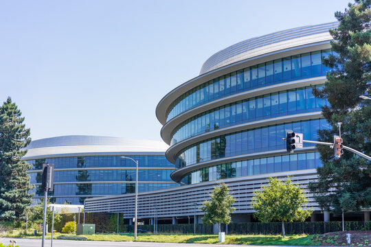 June 13, 2019 Sunnyvale / CA / USA - Modern office buildings in the new Apple Campus 3 (AC3) located in Silicon Valley, south San Francisco bay area