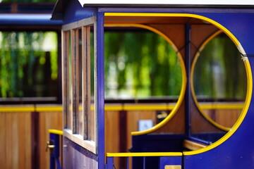Foto op Aluminium Londen rode bus tram in the city