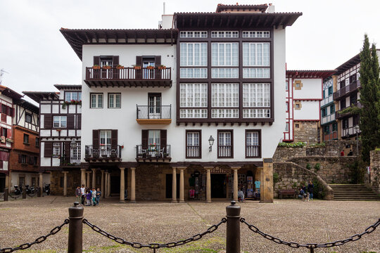Old houses in Hondarribia