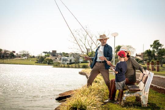 Pescaria junto dos avós
