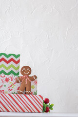 Gingerbread Men and Gift Box