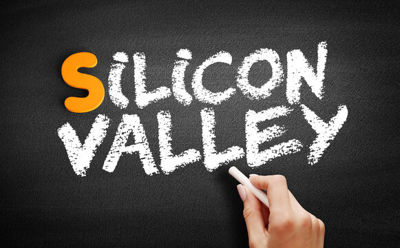 Silicon Valley text on blackboard, business concept background
